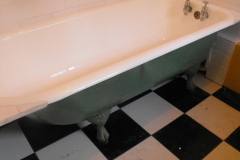 4-roll-top-bath-after-resurfacing