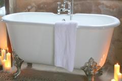 Cropped-Vic-bath