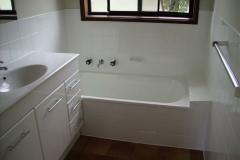 Full-bathroom-resurfacing