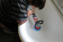 steve-polishing-the-bath